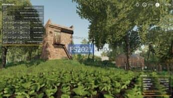 Дом с полем